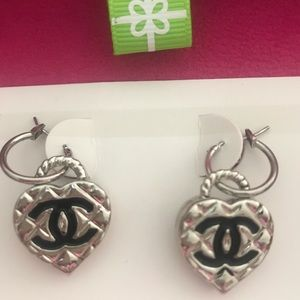 Chanel silver earrings. Double faced.